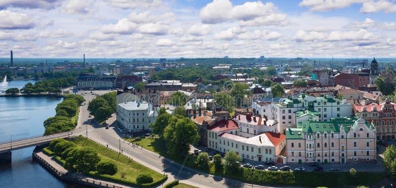 Vista da torre de Olaf a cidade velha de Vyborg imagem de stock