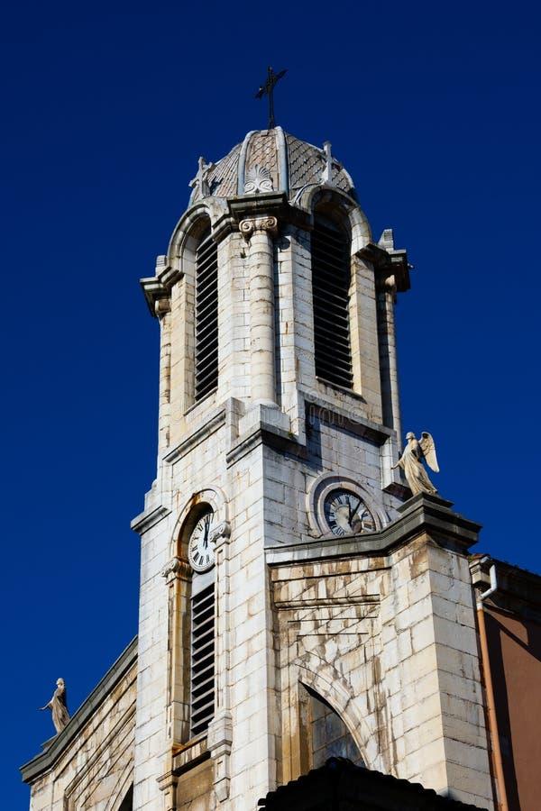 Vista da torre de sino Iglesia de Santa Lucia Church de Santa Lucia imagens de stock