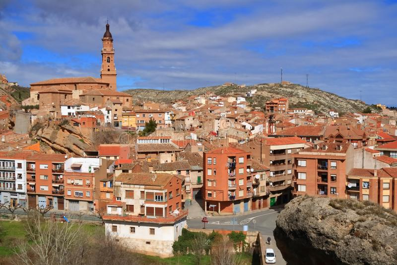 Vista da vila de Autol na província de La Rioja, Espanha fotografia de stock