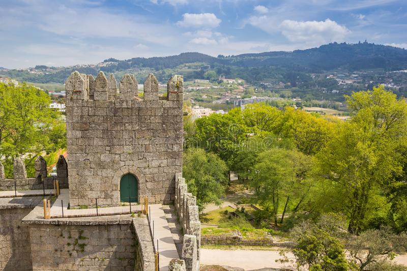Vista dal castello di Guimaraes fotografia stock libera da diritti