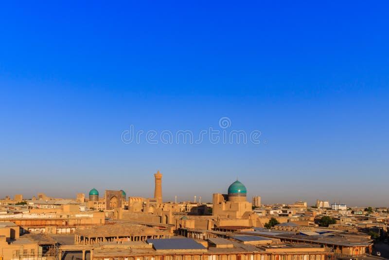 Vista dal centro della fortezza al tramonto, l'Uzbekistan dell'arca di Buchara immagine stock libera da diritti