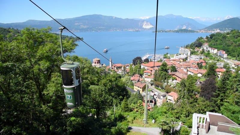 Vista Dal Funicolare Di Laveno Mombello Sul Lago Maggiore Varese Italia Archivi Video Video Di Bergen Albero 76041571