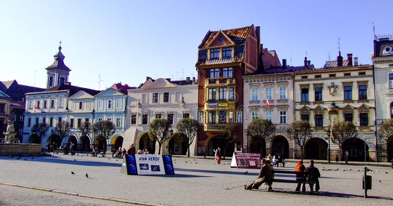 Vista dal lato occidentale di vecchia piazza in Cieszyn in Polonia immagine stock libera da diritti