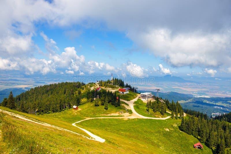 Vista dal massiccio di Postavarul, Romania fotografia stock