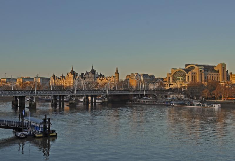 Vista dal ponte di Waterloo fotografia stock