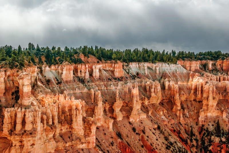 Vista dal punto di vista di Bryce Canyon. L'Utah. U.S.A. fotografie stock libere da diritti