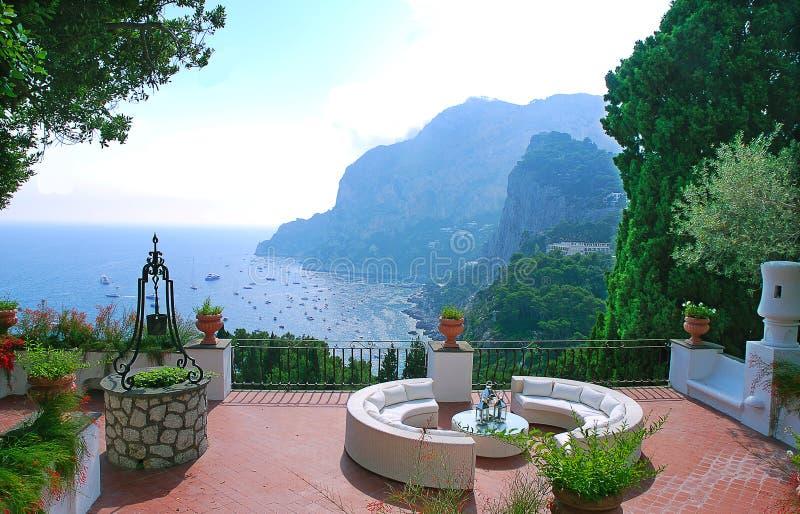 Vista dal terrazzo della villa immagine stock