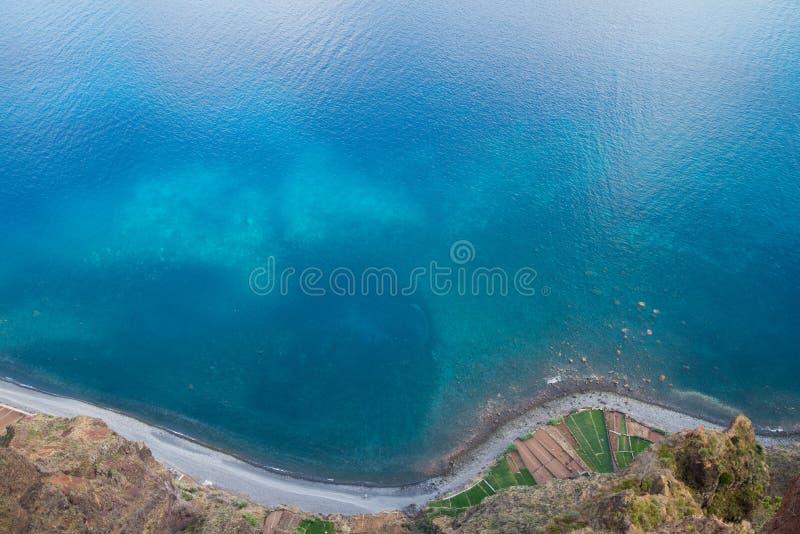 Vista dall'alta scogliera Cabo Girao immagini stock