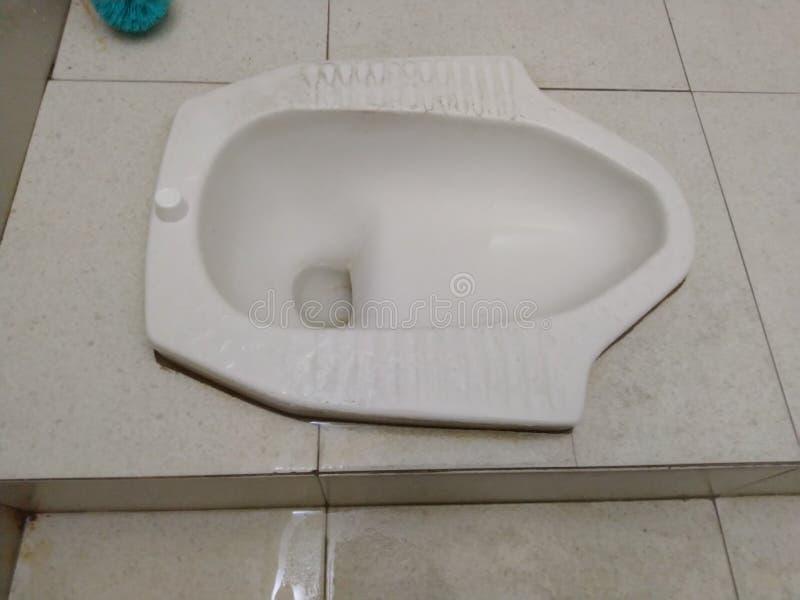Vista dall'alto del Toilet di Ceramic White Squad immagine stock libera da diritti