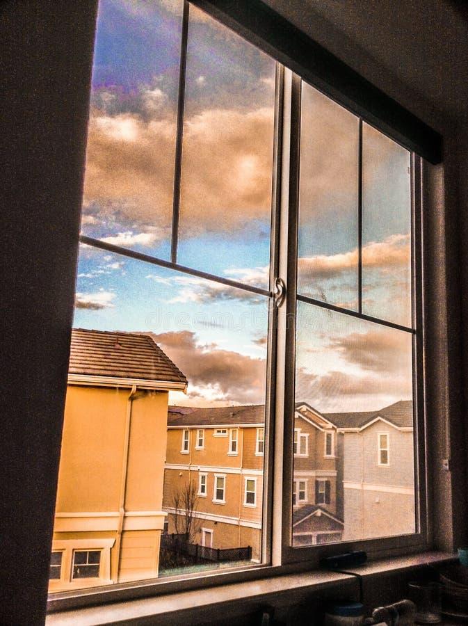 Vista dalla finestra fotografia stock