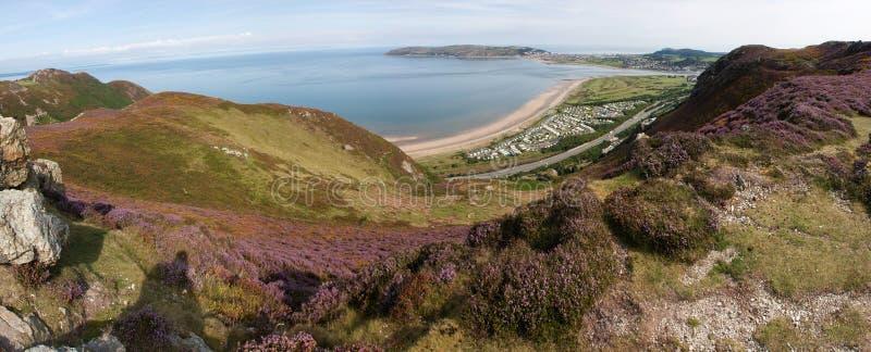 Vista dalla montagna di Conwy fotografia stock libera da diritti