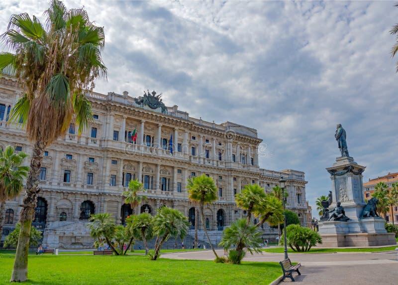 Vista dalla piazza Cavour, Roma, Italia fotografia stock libera da diritti
