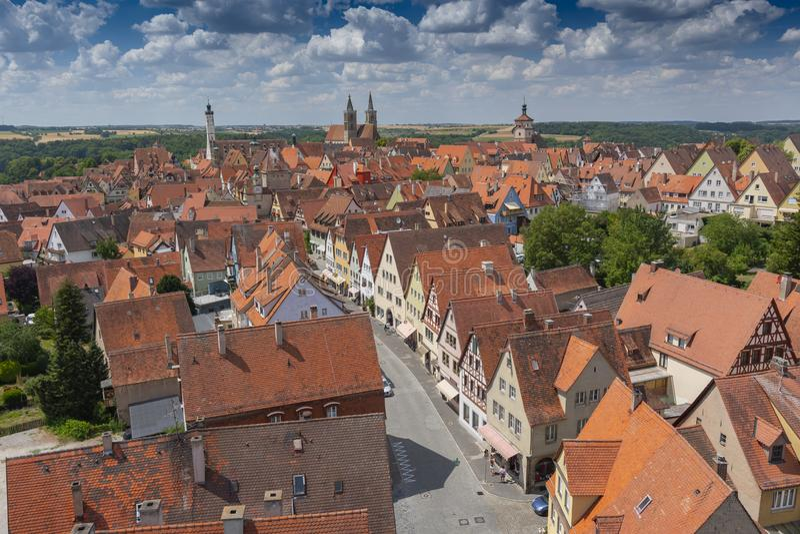 Vista dalla torre della città storica al der Tauber, Franconia, Baviera, Germania del ob di Rothenburg fotografia stock libera da diritti