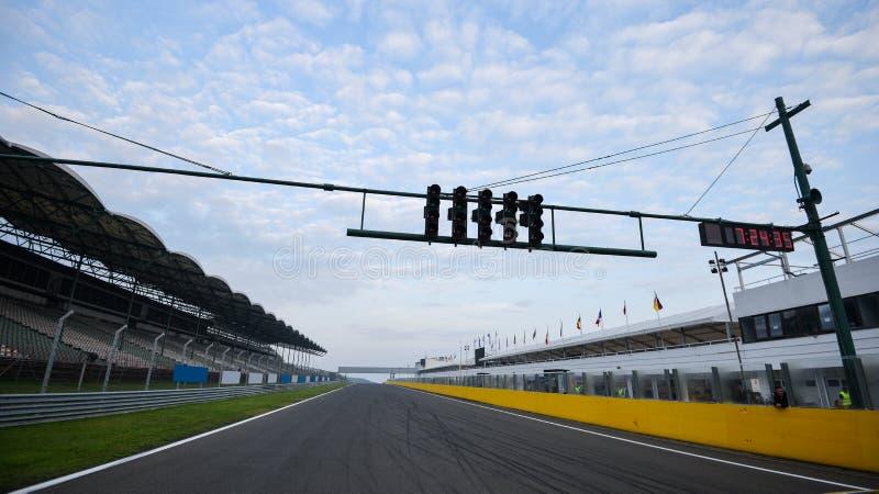 Vista dalle pole position in una pista immagini stock libere da diritti