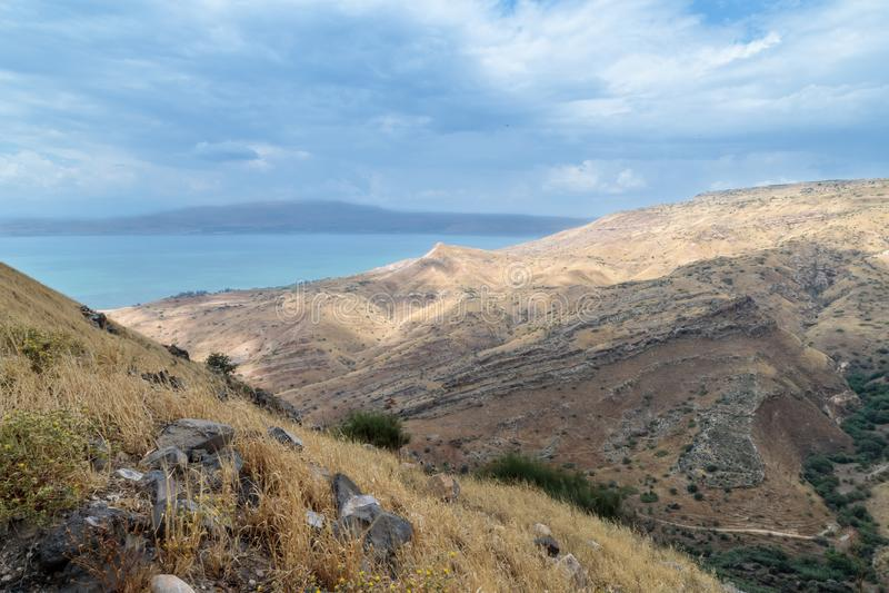 Vista dalle rovine del Greco - città romana dello III secolo BC - l'ANNUNCIO del VIII secolo Hippus - Susita a Golan Heights ed a fotografia stock