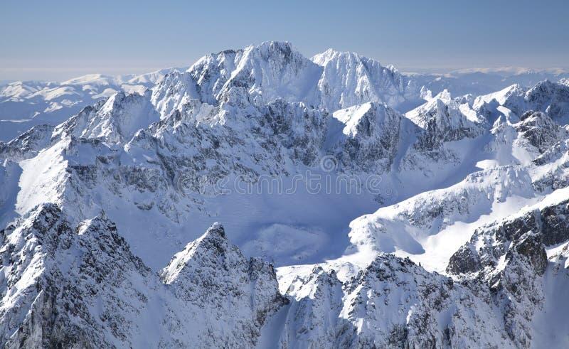 Vista dallo stit di Lomnicky - alzi in alto Tatras immagini stock