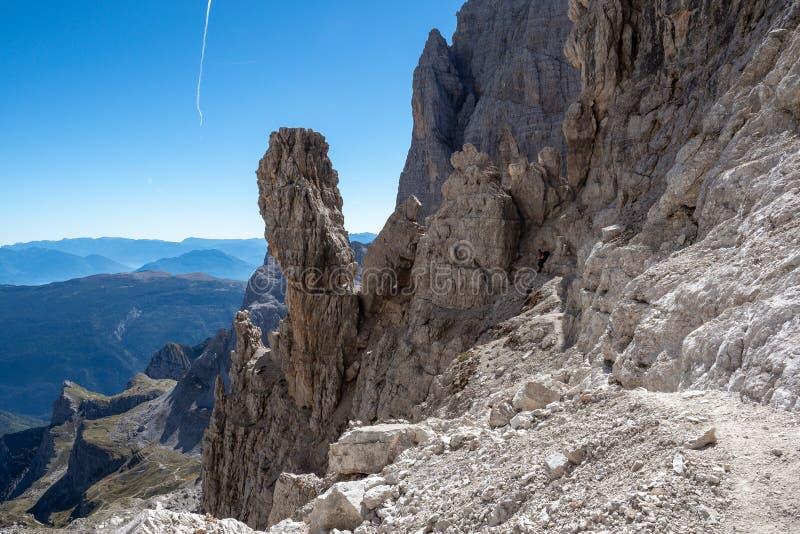 Vista das dolomites de Brenta dos picos de montanha fotos de stock