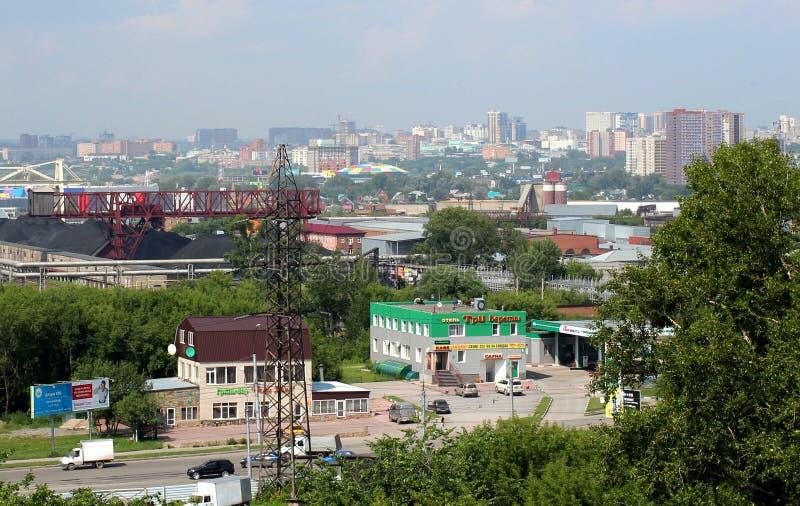 Vista das estradas da cidade de Novosibirsk no verão de 2018 foto de stock royalty free