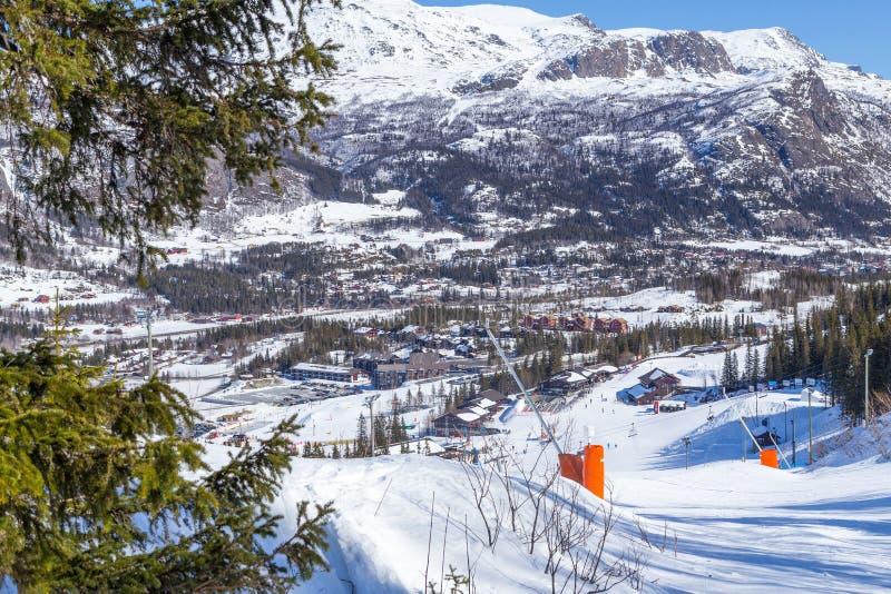 Vista das inclinações do esqui em Hemsedal fotos de stock