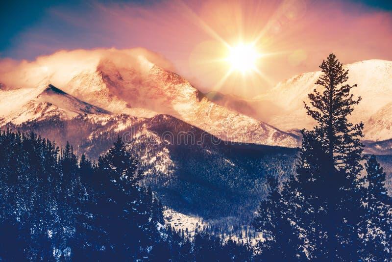 Vista das montanhas de Colorado imagem de stock