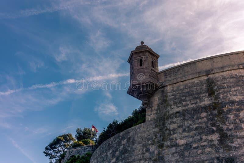 Vista das paredes em torno dos penhascos de Mônaco - 1 imagens de stock royalty free