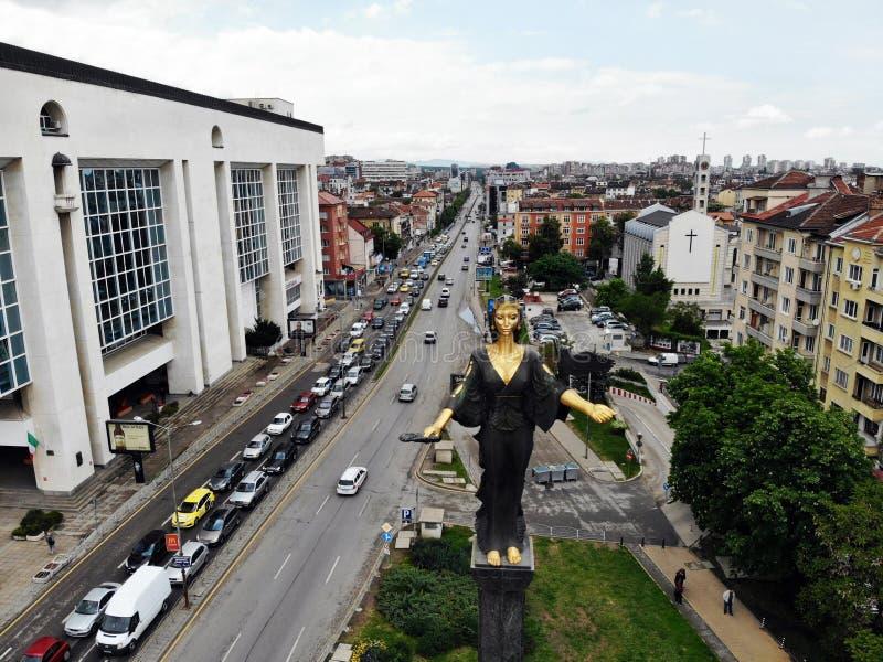 Vista de acima Grande capital de Bulgária, pérola de Balcãs - Sófia Lugar da cultura, da religião e das tradições Foto a?rea foto de stock