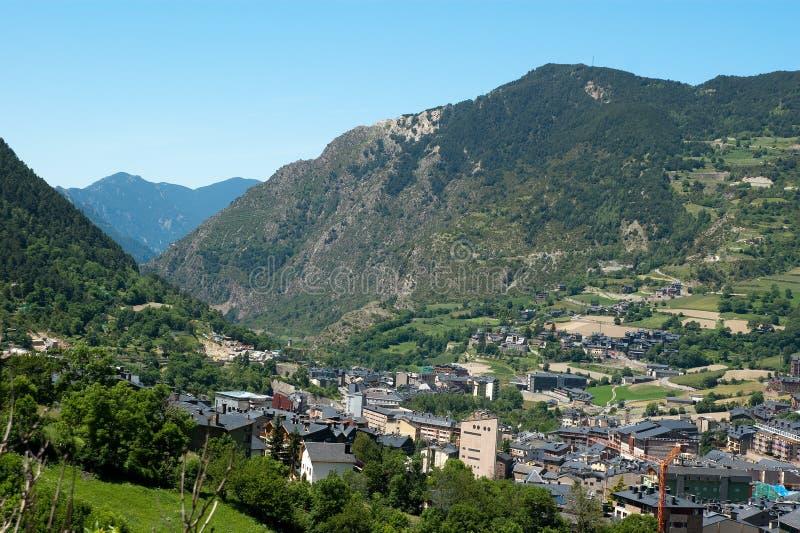 Vista de Andorra Pyrenees foto de stock royalty free