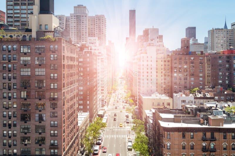 Vista de arriba de la primera avenida en Manhattan New York City imagen de archivo