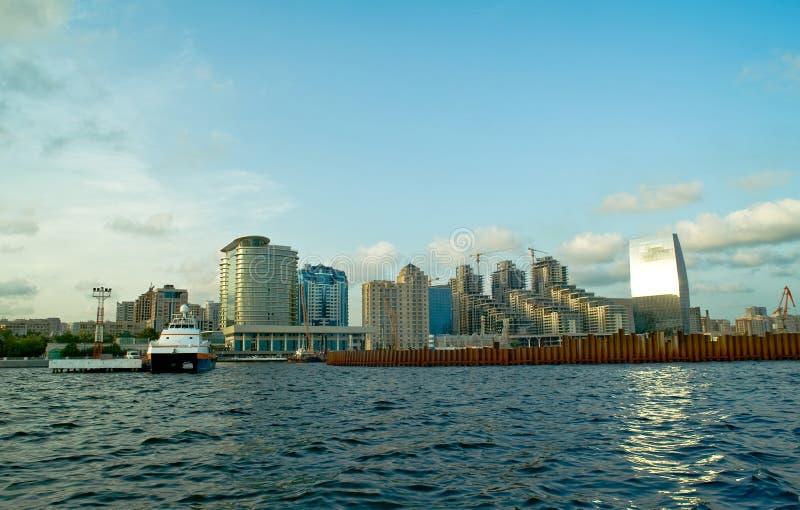 Vista de Baku del mar imagen de archivo