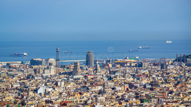 Vista de Barcelona de Tibidano, Spain imagens de stock royalty free