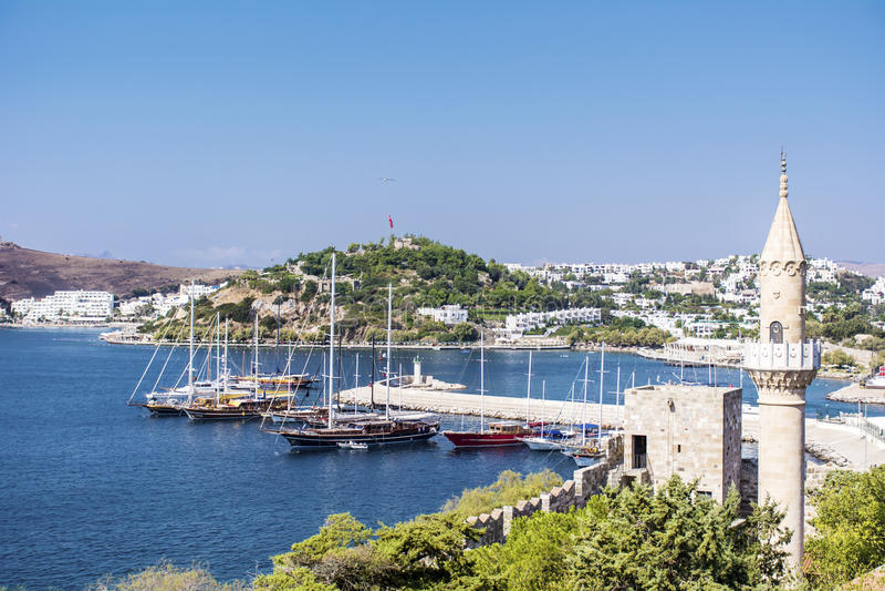 Vista de Bodrum em Turquia, no Mar Egeu fotos de stock