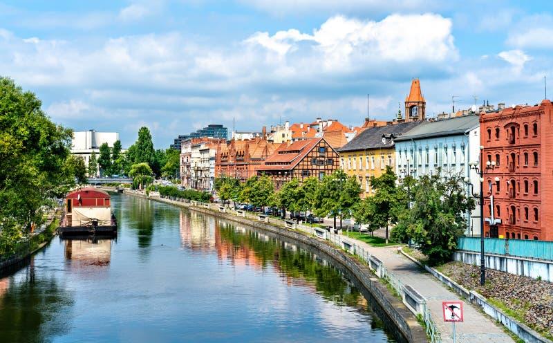 Vista de Bydgoszcz com o rio de Brda, Polônia fotografia de stock