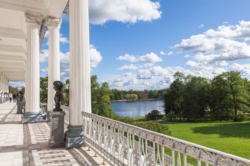 Vista de Cameron Gallery em Catherine Park em Tsarskoe Selo imagem de stock