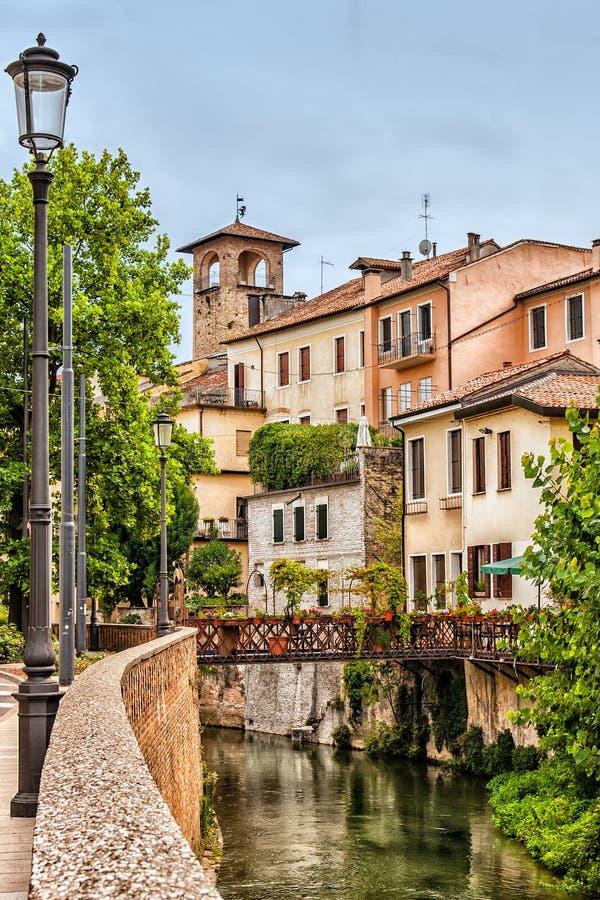 Vista de casas viejas en Padua Italia imagen de archivo