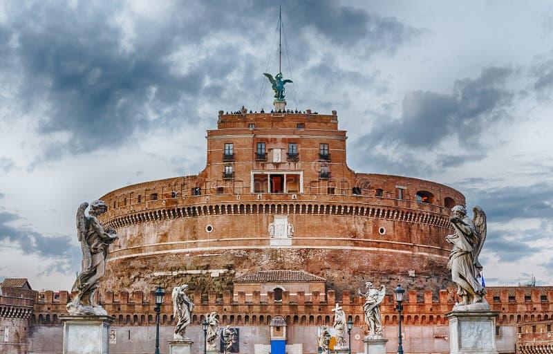 Vista de Castel Sant & de x27; Fortaleza de Angelo em Roma, Itália imagens de stock