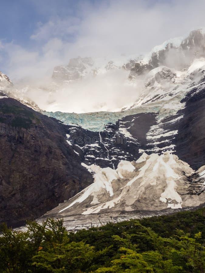 Vista de Cerro Paine grandioso do del Frances French Valley de Valle no parque nacional de Torres del Paine, o Chile fotos de stock royalty free