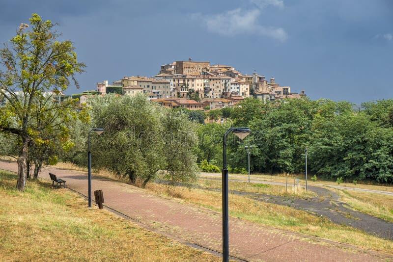Vista de Chianciano, Siena imagem de stock