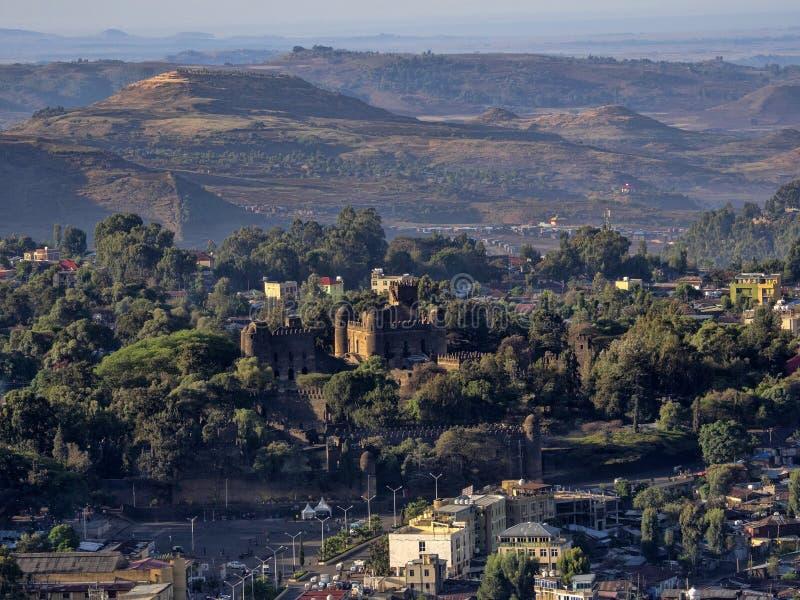 Vista de cima ao castelo de Gondar, Etiópia imagens de stock royalty free