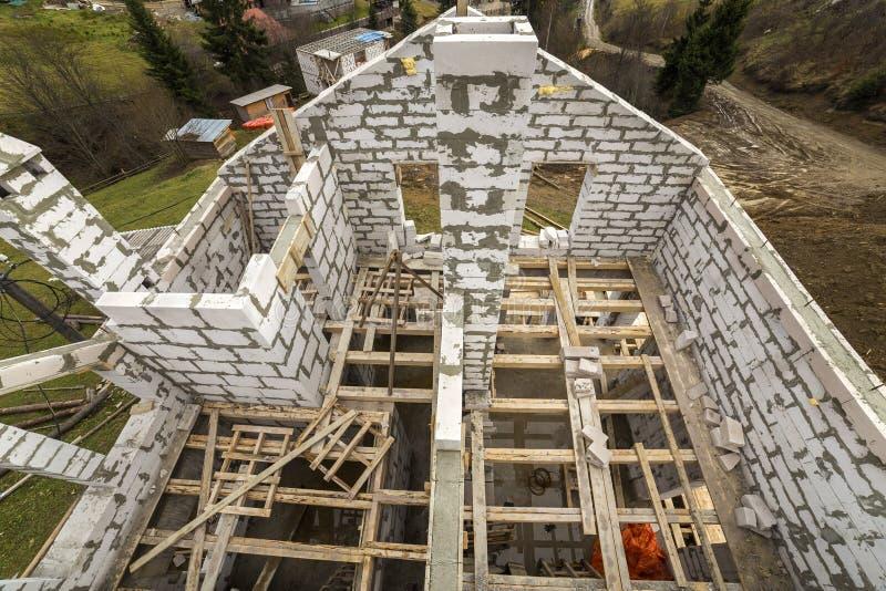 Vista de cima de multi wal de poupança de energia armazenado futuro da casa de campo imagem de stock