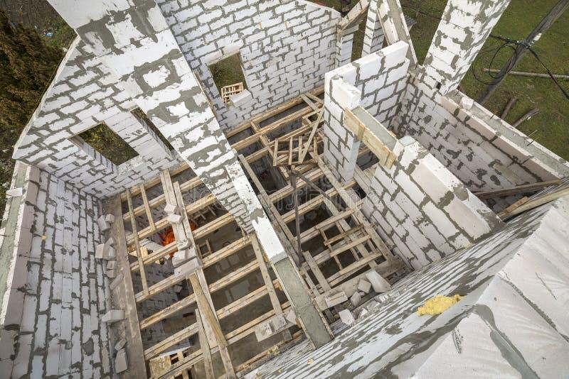 Vista de cima de multi wal de poupança de energia armazenado futuro da casa de campo imagens de stock