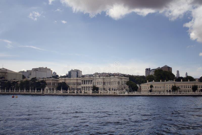 Vista de construções velhas, históricas por Bosphorus imagem de stock royalty free