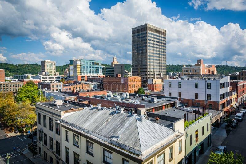 Vista de edificios en Asheville céntrica, Carolina del Norte foto de archivo