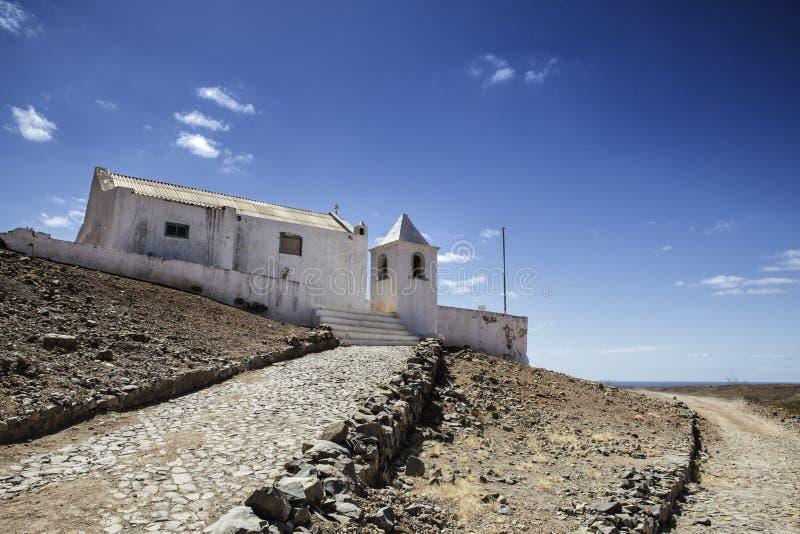 Vista de edificios y de pueblos viejos en Cabo Verde imagenes de archivo