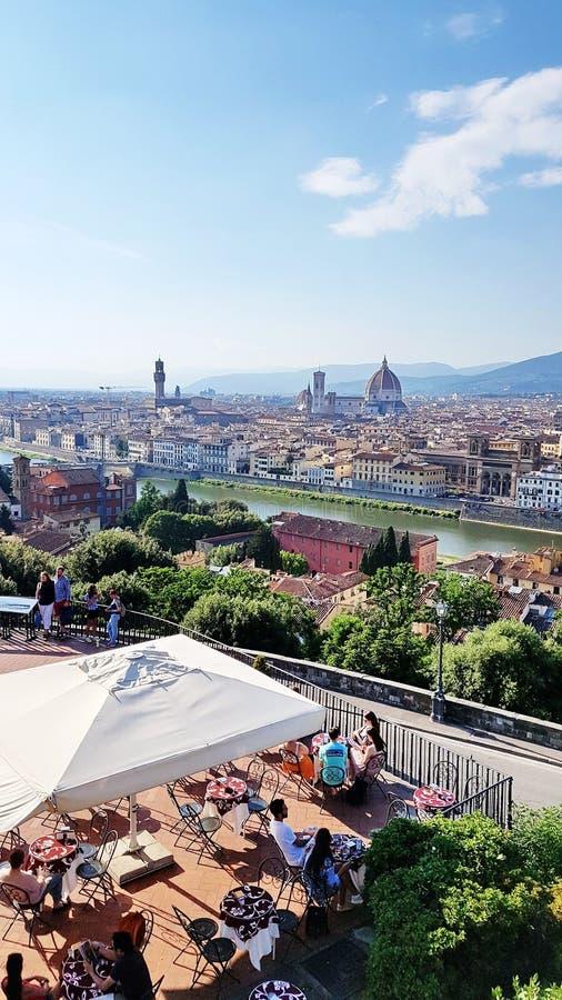 Vista de Florença, Itália, de um café da cume imagem de stock royalty free