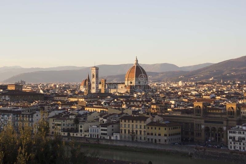 Vista de Florencia, Italia de la plaza Michaelangelo imagenes de archivo
