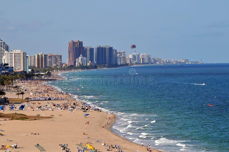 Vista de Fort Lauderdale con la playa foto de archivo libre de regalías
