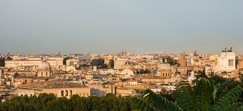 Vista de Gianicolo, Roma, Itália fotografia de stock