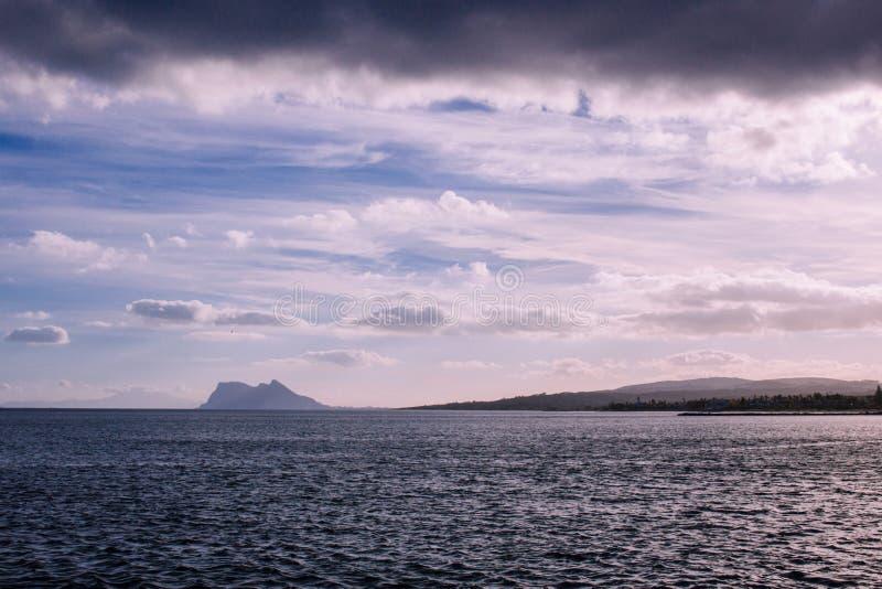 Vista de Gibraltar imagenes de archivo
