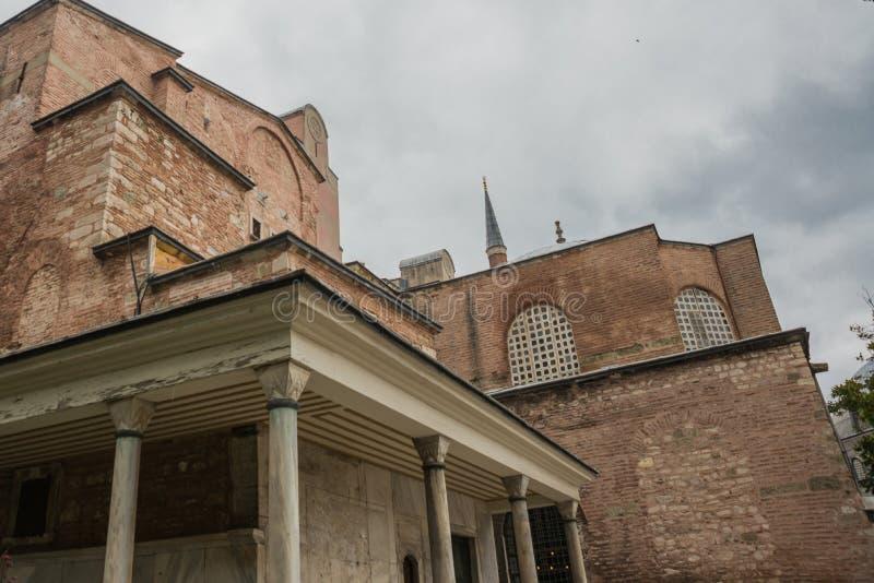 Vista de Hagia Sophia, basílica patriarcal cristã, mesquita imperial e agora um museu Istambul, Turquia fotografia de stock royalty free
