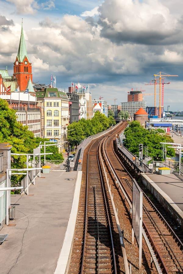 Vista de Hamburgo con el ferrocarril fotos de archivo libres de regalías